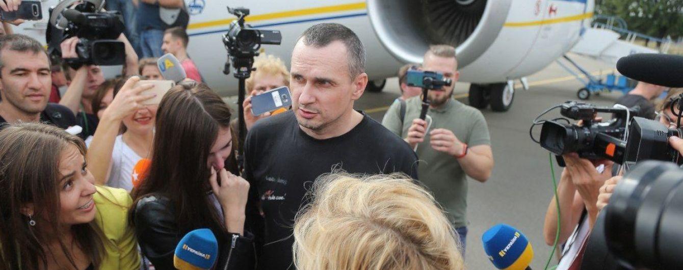 """""""В Крым только на танках"""". Сенцов рассказал, собирается ли возвращаться на полуостров и что будет делать дальше"""