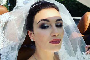 Певица Анастасия Приходько обвенчалась с мужем