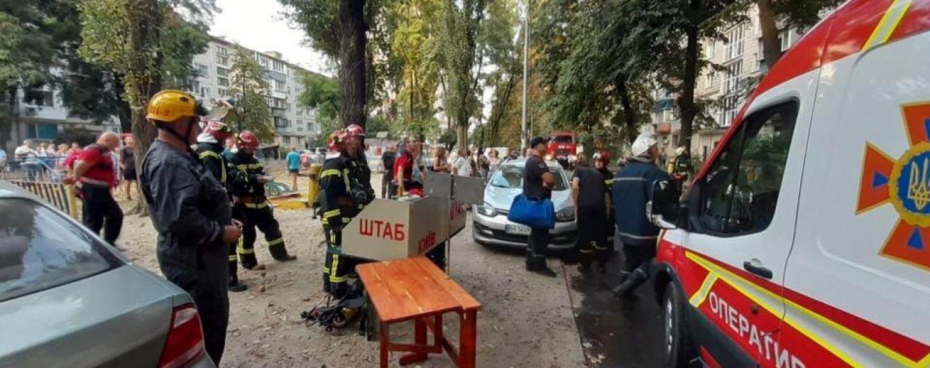 У Києві горіла квартира на дев'ятому поверсі: загинула людина