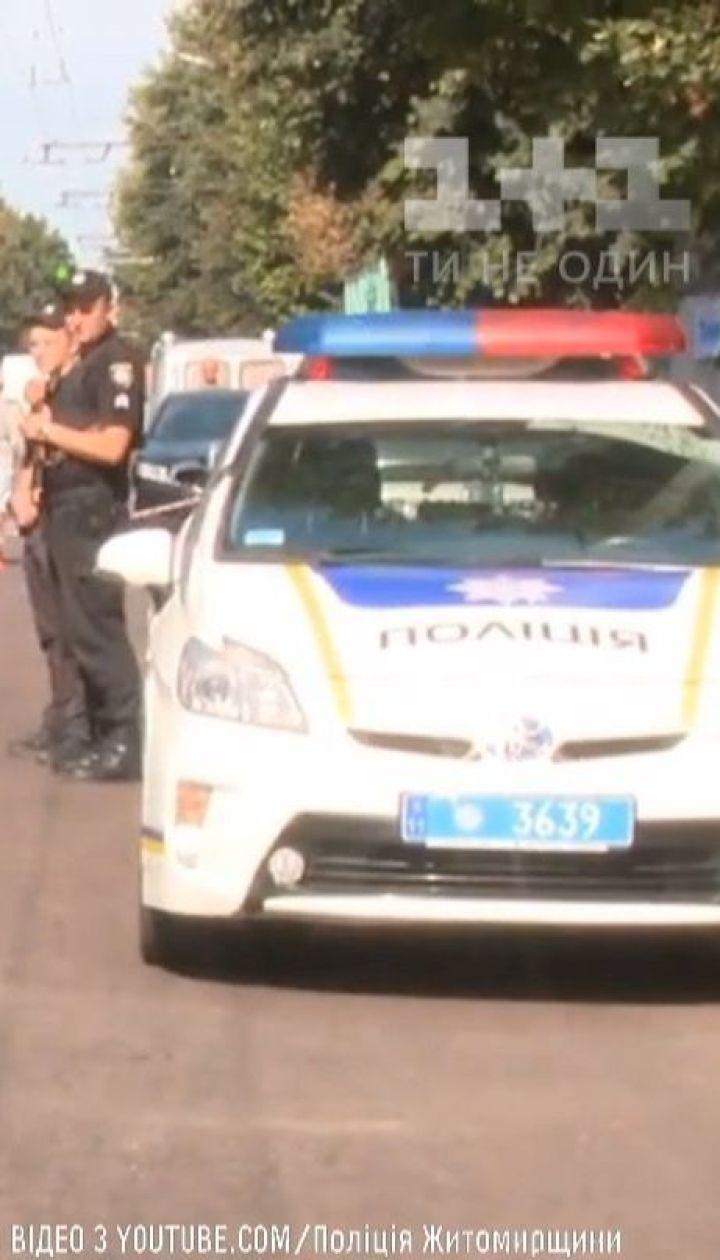 Стрілянина та поранений поліцейський: збройний напад на інкасаторів стався у Житомирі
