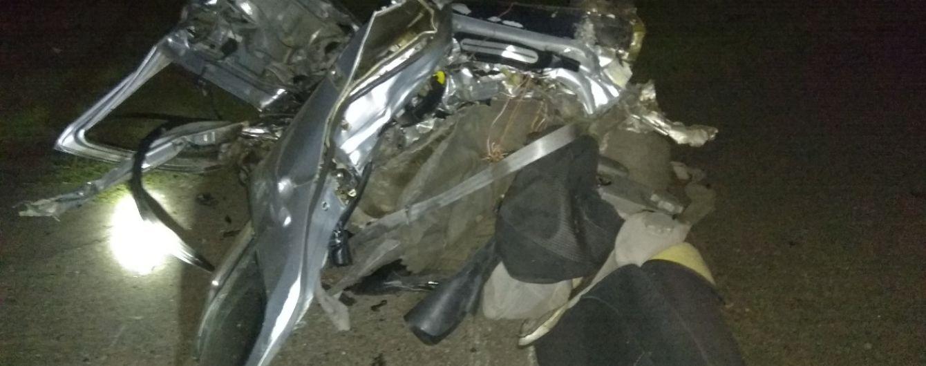 В Марьинке в результате аварии сгорели двое людей