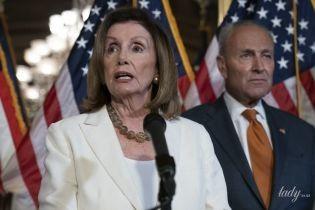 Во всем белом: эффектная 79-летняя спикер палаты представителей США Нэнси Пелоси
