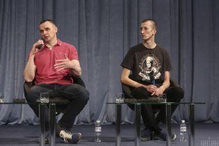 """""""Извращение"""" Киселева, воспоминания о заключении и планы: главное из пресс-конференции освобожденных Сенцова и Кольченко"""