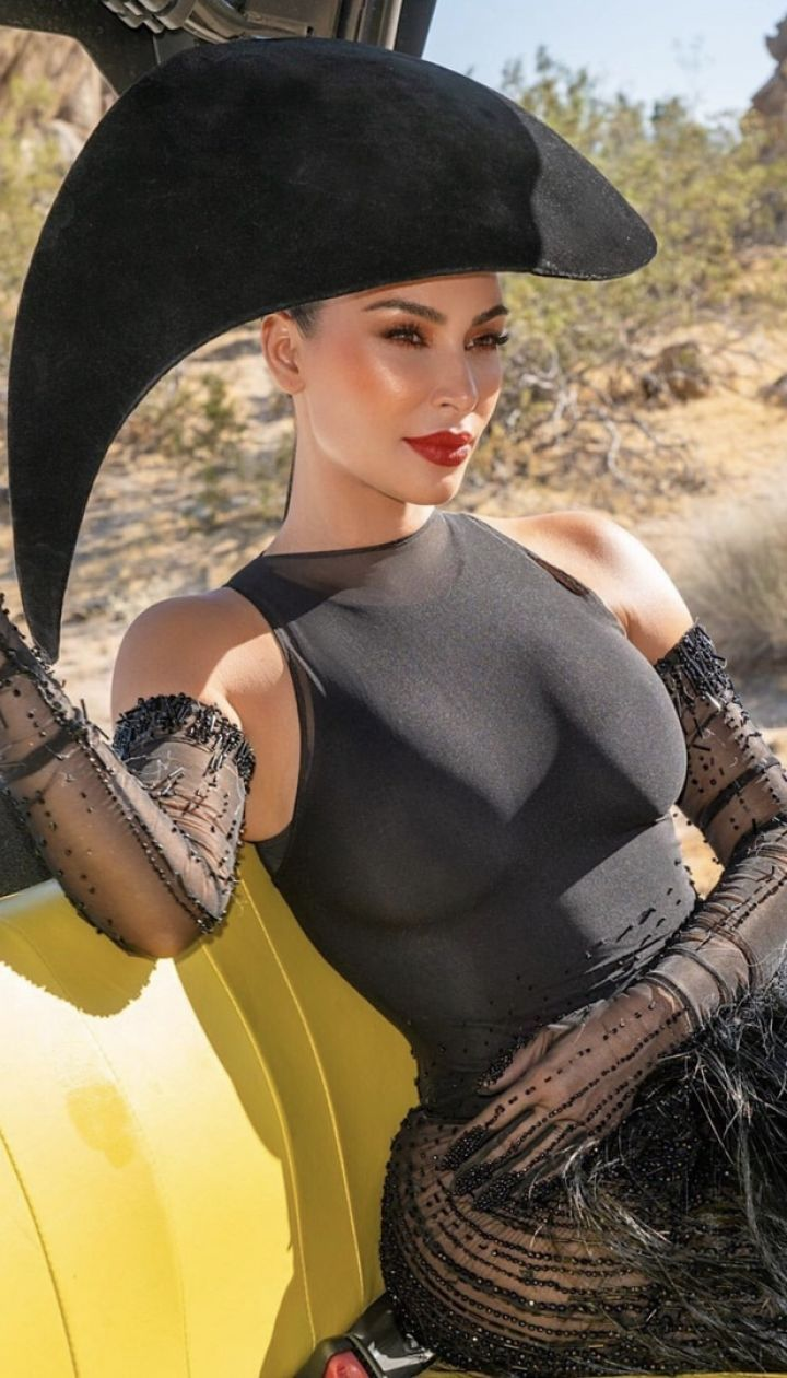 Кім Кардашян, бекстейдж для Vogue Arabia