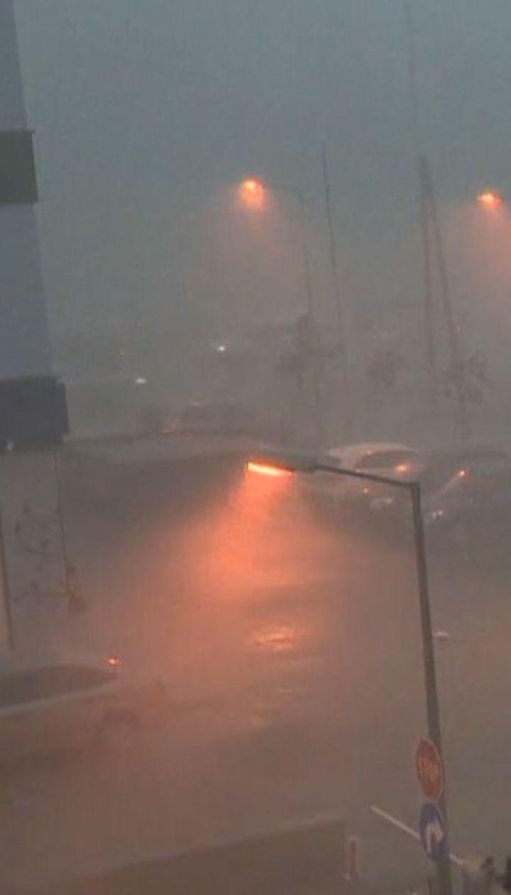Потужні зливи та буревії: Європу накрив холодний фронт