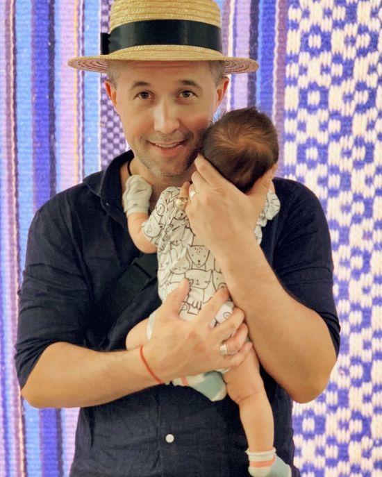 Сергій Бабкін поділився зворушливим фото з хрестин тримісячного сина