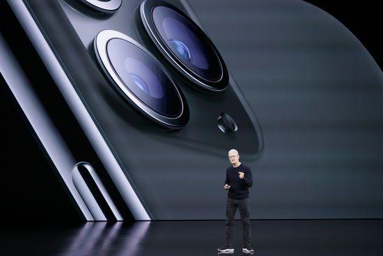 Apple презентувала нові моделі iPhone та інші гаджети. Текстова хроніка події