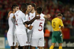 Португалия благодаря покеру Роналду уничтожила Литву, а Сербия разобралась с Люксембургом