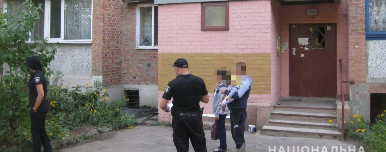 В Харькове мужчина выбросил из окна 36-летнюю женщину из-за ревности