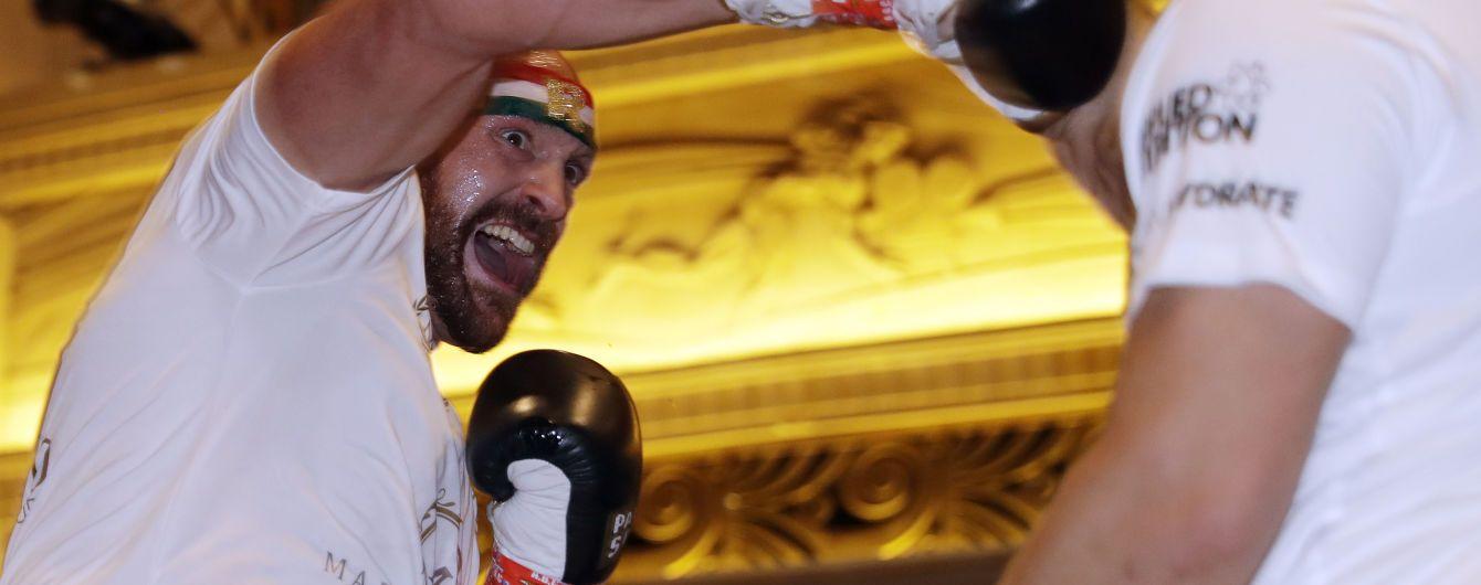 Ф'юрі розповів про свій боксерський шлях та похвалив Володимира Кличка з Вайлдером