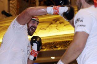 Фьюри рассказал о своем боксерском пути и похвалил Владимира Кличко с Уайлдером