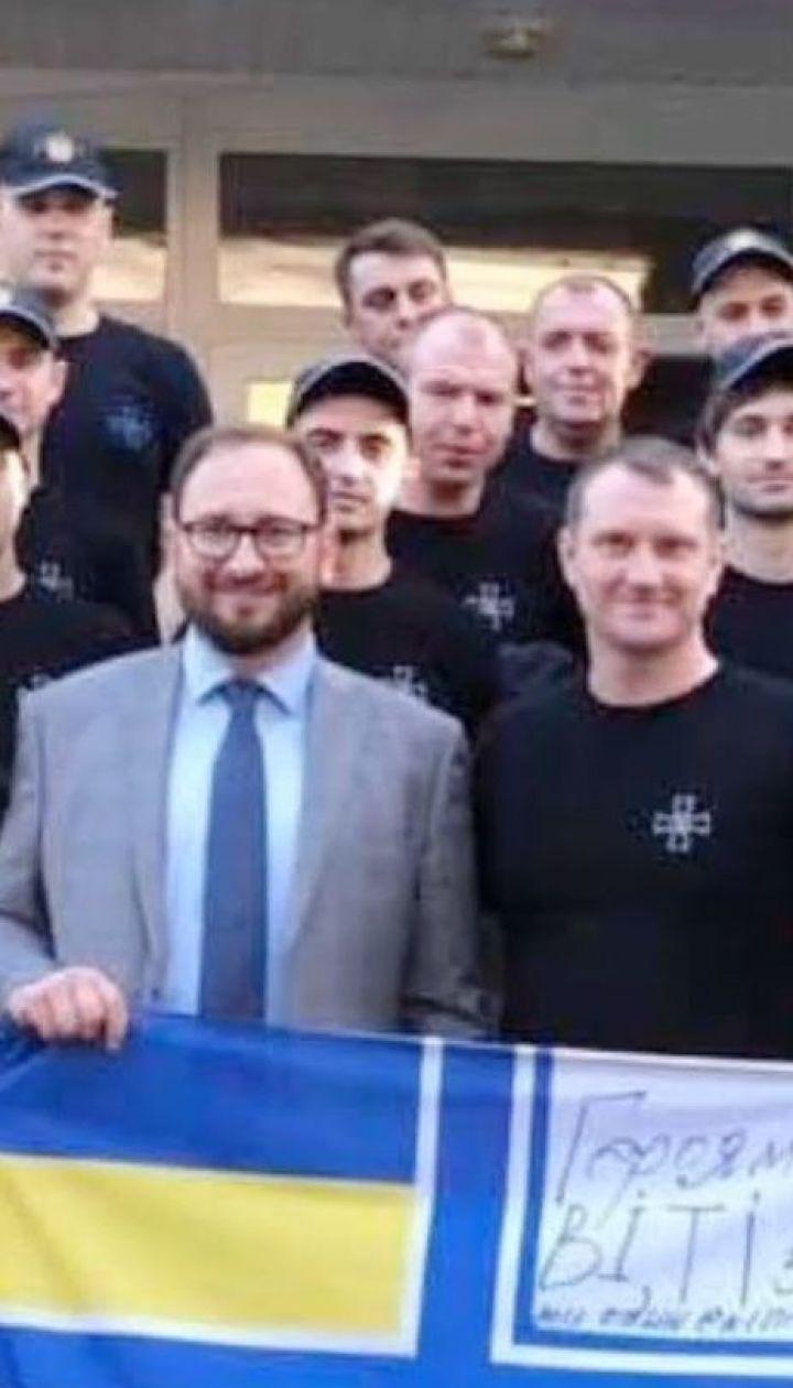 Украинские моряки собрали помощь российскому политзаключенному Котову