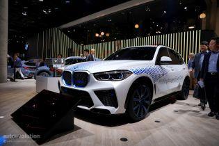 Появилась водородная версия кроссовера BMW X5