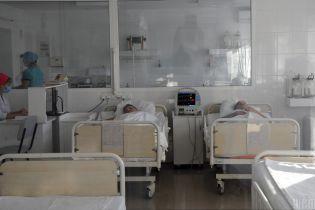 В Винницкой области массово госпитализировали детей после отравления парами газа
