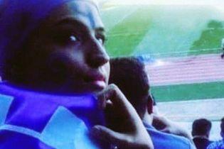 В Ірані футбольна вболівальниця померла після акту самопідпалу через заборону ходити на матчі