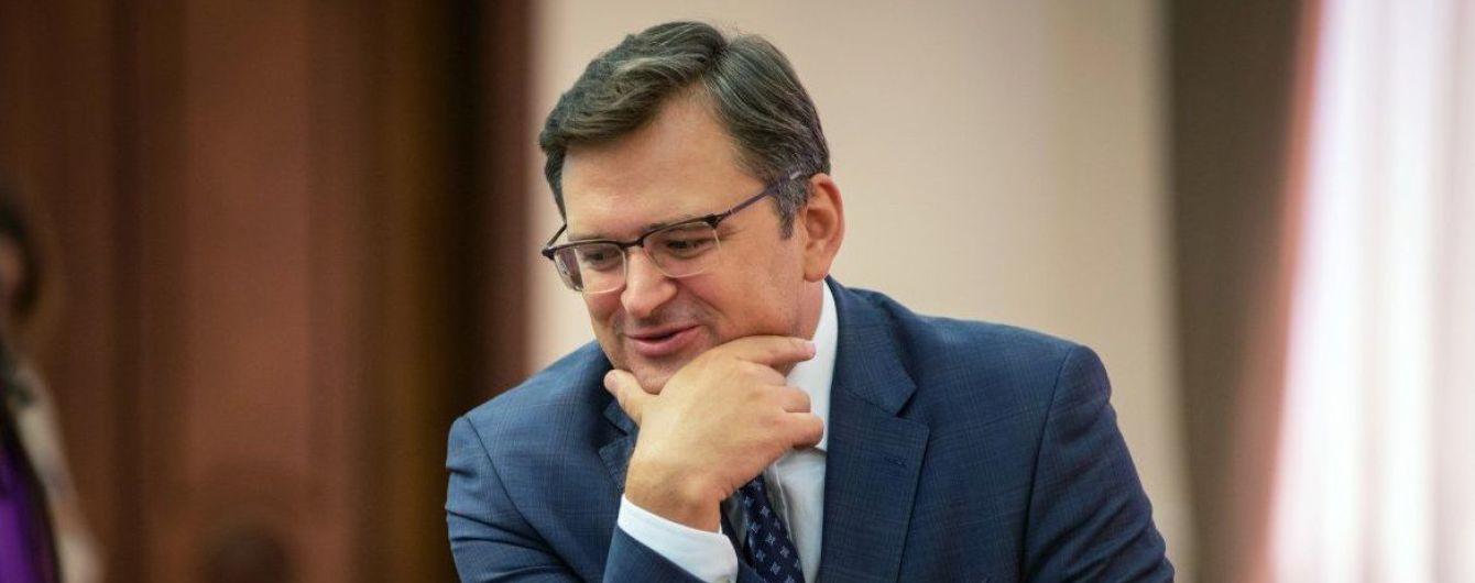 Україна може вступити в НАТО з тимчасово окупованими територіями - Кулеба