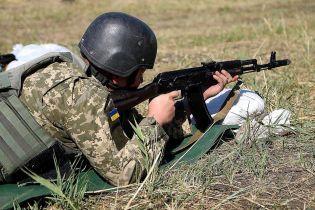 Террористы на Донбассе открывали огонь 17 раз