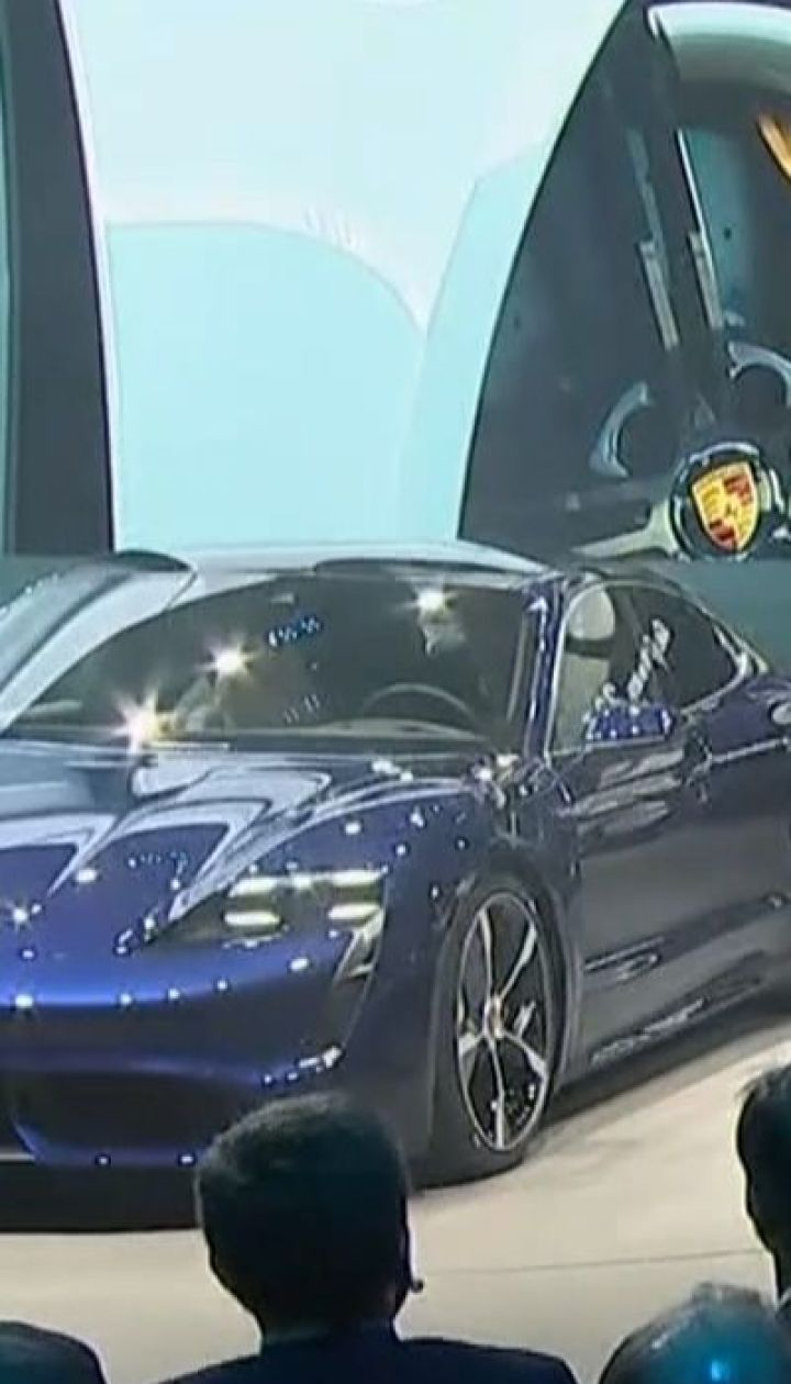 Конкуренти Тесли: на виставці автівок у Німеччині презентують найновітніші моделі електрокарів