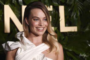 Не хватает красной помады: Марго Робби в наряде от Chanel на светском мероприятии