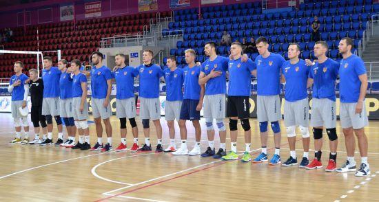 Украинские волейболисты с победы стартовали на Чемпионате Европы