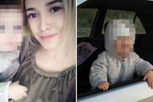 Двухлетняя дочь задушила мать, подняв стекло BMW. Трагедия произошла в Беларуси