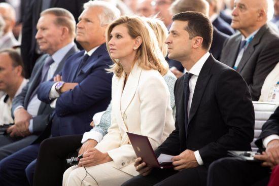 Елена Зеленская провела свое первое публичное выступление как жена президента. О чем говорила