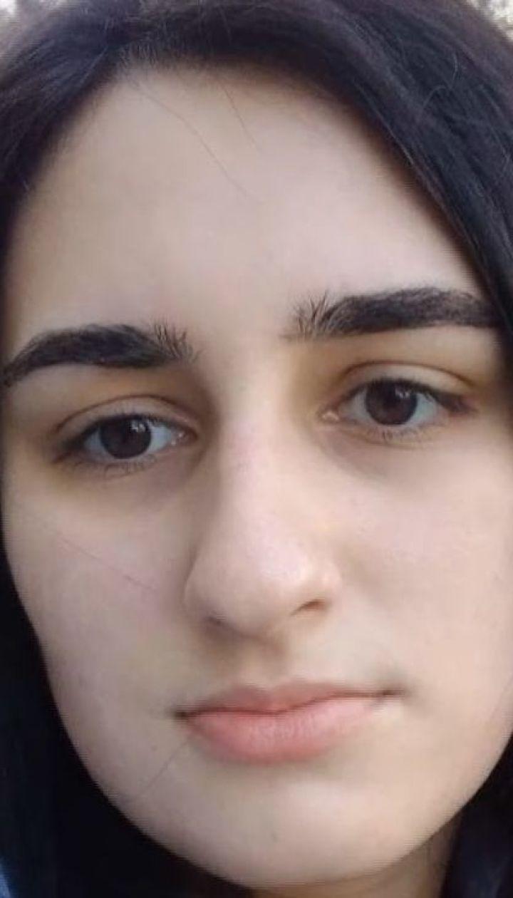 У Києві іноземець зарізав 23-річну дівчину в під'їзді її будинку