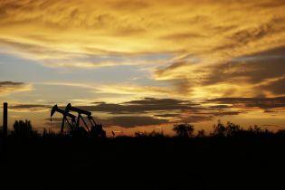 В Украине снизилась фактическая цена реализации нефти
