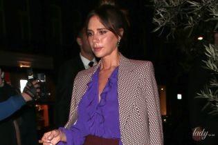 Все семейство в сборе: стильная Виктория Бекхэм презентовала коллекцию на Лондонской неделе моды