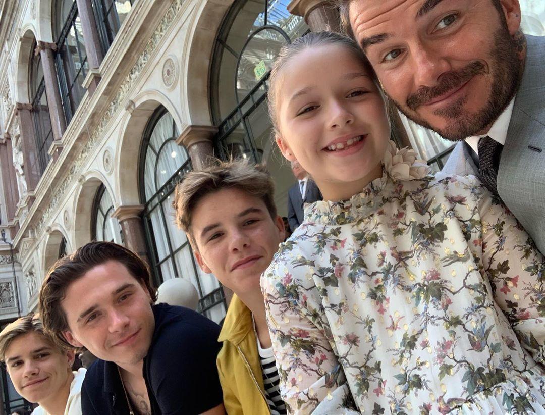 Девід Бекхем з дітьми