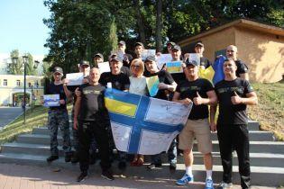 Освобожденные политзаключенные и моряки получили новые документы