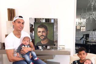 Журналист довел Роналду до слез из-за отца