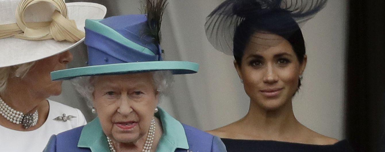Королева Єлизавета ІІ заборонила говорити з нею про Гаррі та Меган - ЗМІ