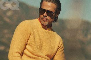 Брутальный Брэд Питт в образе 90-х украсил обложку известного глянца