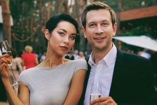 Поліна Логунова розповіла, чому з чоловіком Дмитром Ступкою довго не показували обличчя донечки
