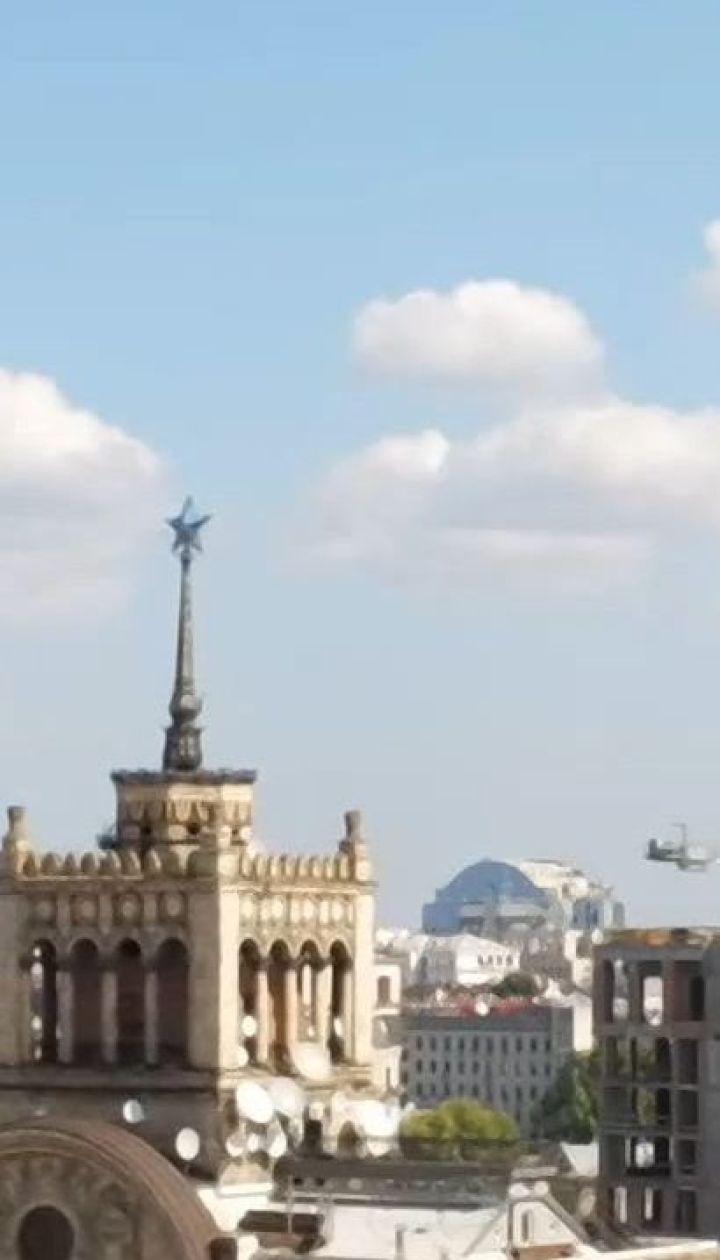 В центре столицы новостройка искажает вид архитектурного ансамбля Крещатика
