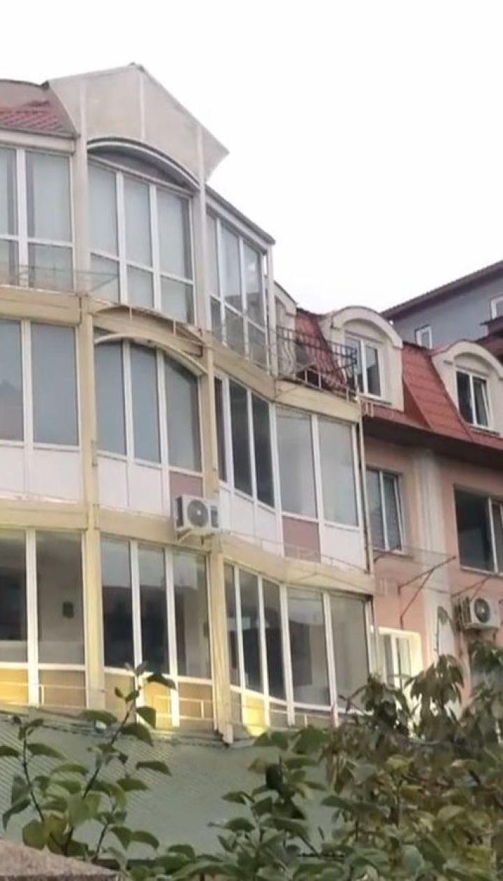 У Львові шестеро осіб потрапили до інфекційної лікарні після святкування весілля