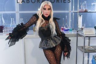 В кружеве, латексе и вечернем платье: Леди Гага продемонстрировала три эффектных аутфита