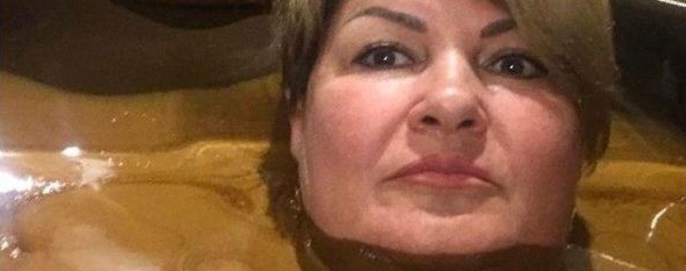"""""""Потрібно жити скромніше"""": через фото в шоколадній ванні губернатор з РФ влаштує радниці перевірку"""