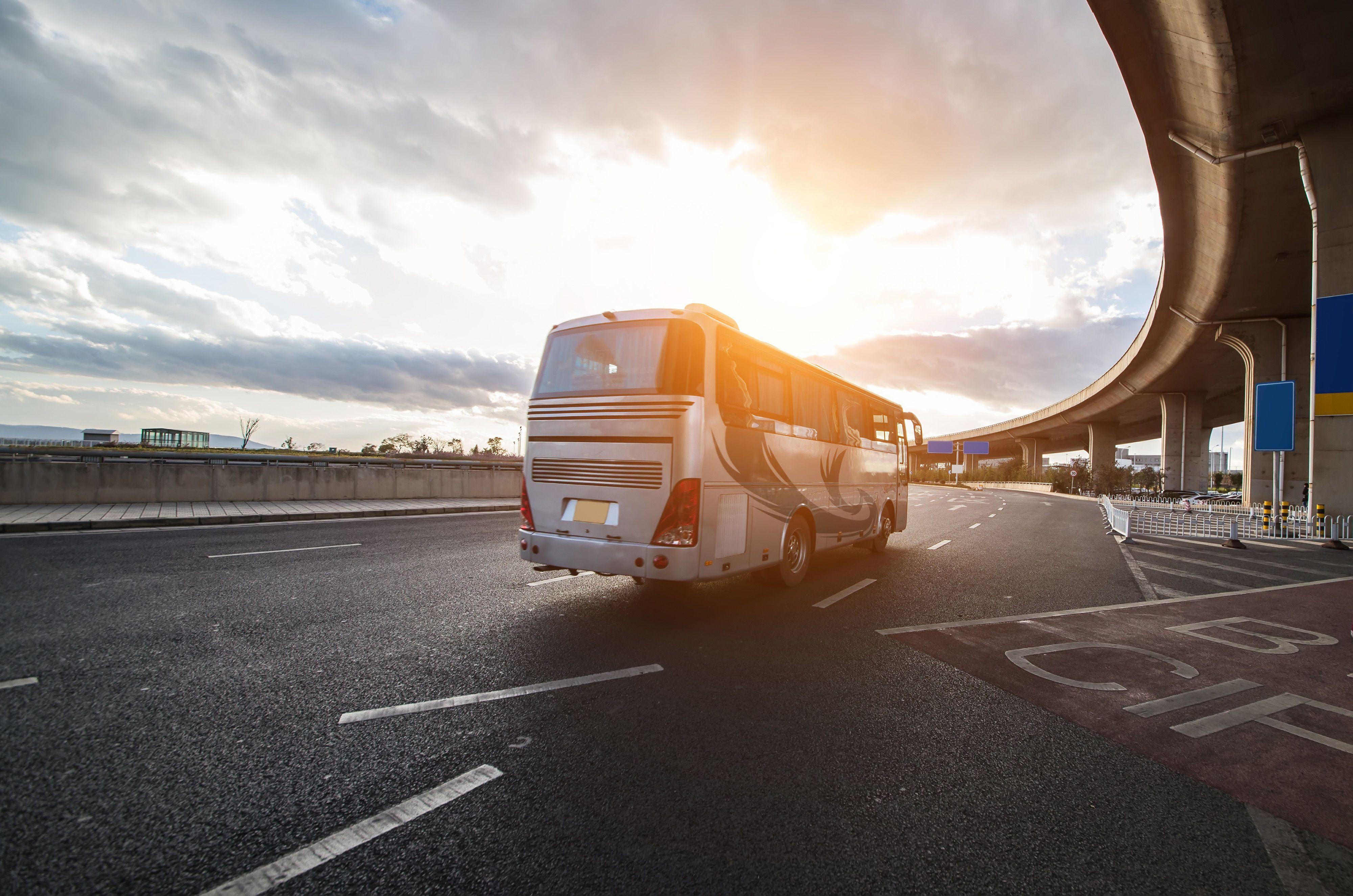 Транспорт, автобус
