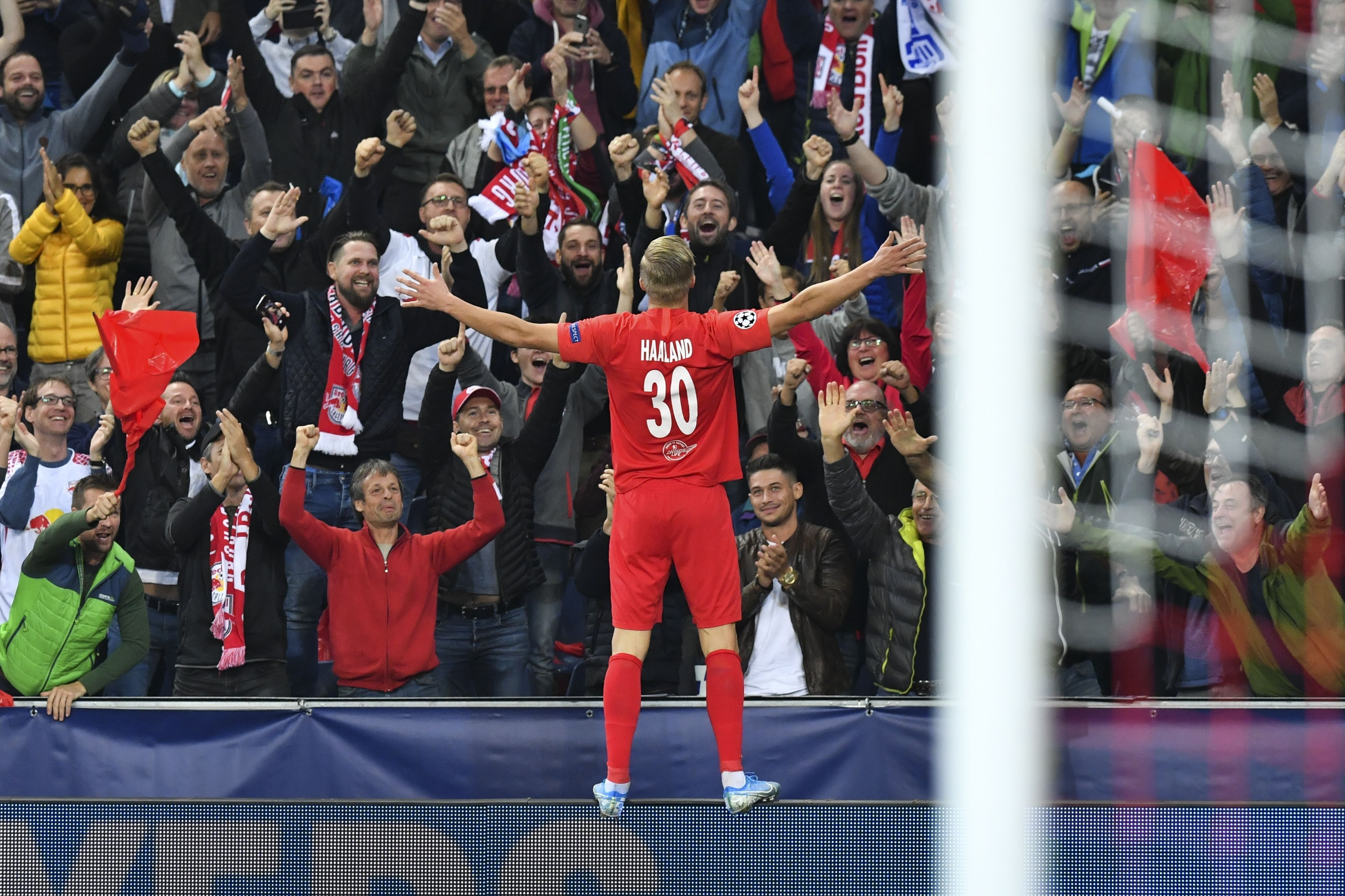 Хет-трик 19-летнего норвежца, провал «Ливерпуля», возвращение Месси— Лига чемпионов