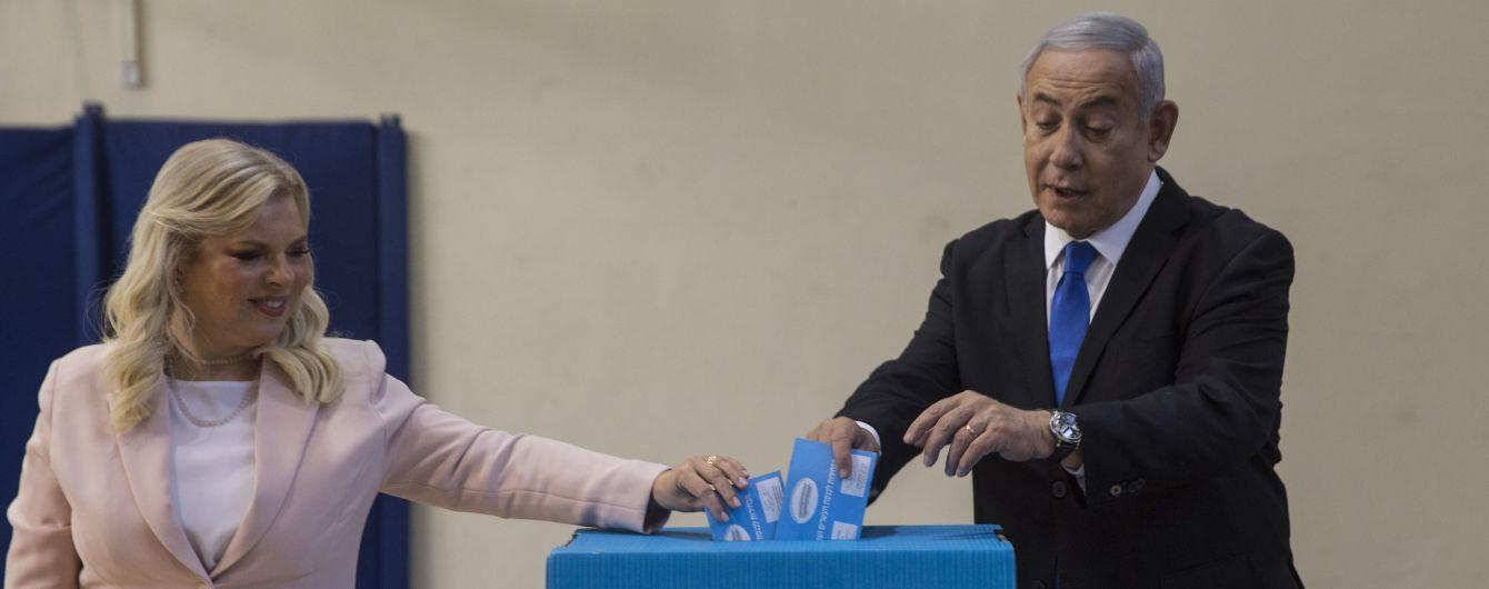Партия Нетаньяху не смогла победить на повторных выборах в Израиле – экзит-полы