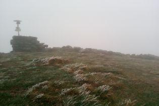У Карпатах пішов перший осінній сніг