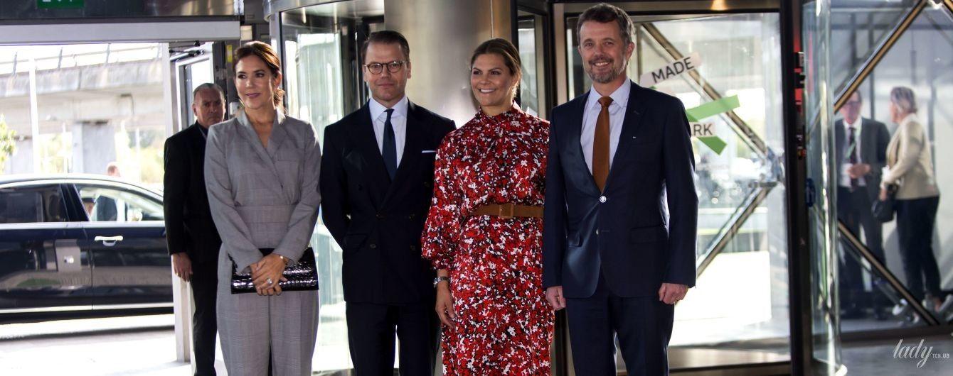 Одна за іншу красивіша: кронпринцеси Вікторія і Мері зустрілися на саміті в Копенгагені