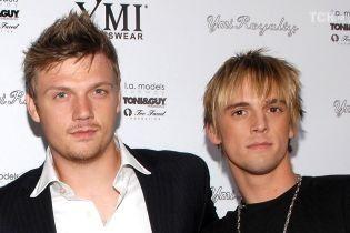 Брат участника Backstreet Boys Ника Картера угрожал убить его беременную жену