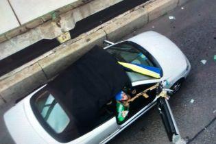 В Нацполиции показали видео задержания снайпера, который угрожал взорвать мост Метро в Киеве