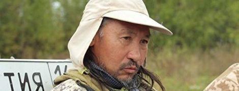 """В России полицейские задержали якутского шамана, который шел пешком в Москву для """"обряда изгнания Путина"""""""