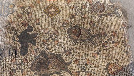 Археологи знайшли 1500-річну мозаїку, яка ілюструє біблійну оповідь про чудо Христа