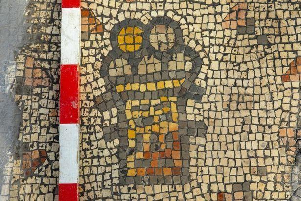 мозаїка з зображенням хлібів христа 3