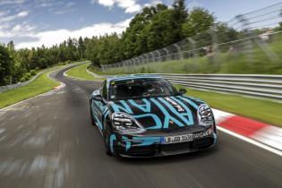 """Porsche интригует """"заряженным"""" Taycan, который победит Tesla Model S"""